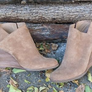 Lucky Brand Tan Suede Wedge Booties